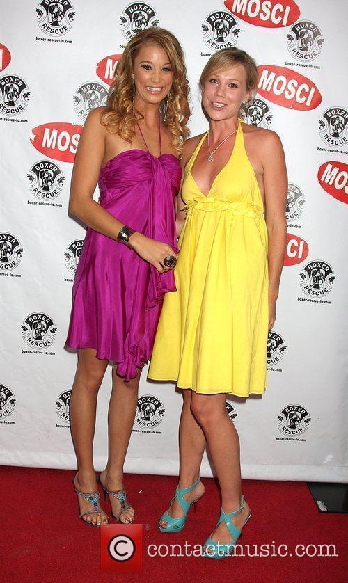 Kristen Renton and Andi Eystad 5