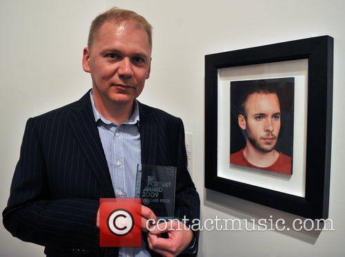 Michael Gaskel with his work 'Tom' BP Portrait...