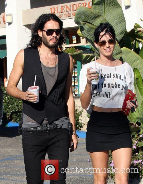 Russell Brand and Katie Perry 3