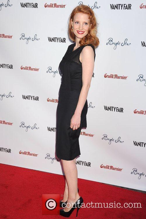 http://www.contactmusic.com/pics/lc/bright_star_premiere_150909/jessica_chastain_5352914.jpg