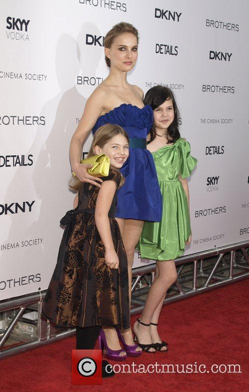 Taylor Geare, Natalie Portman and Bailee Madison...