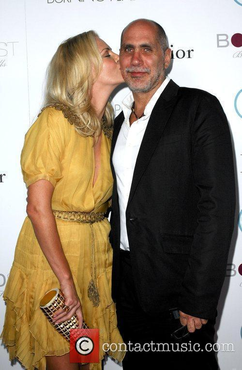 Charlize Theron and Director Guillermo Arriaga 11