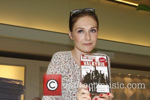 Carice van Houten signs copies of Valkyrie