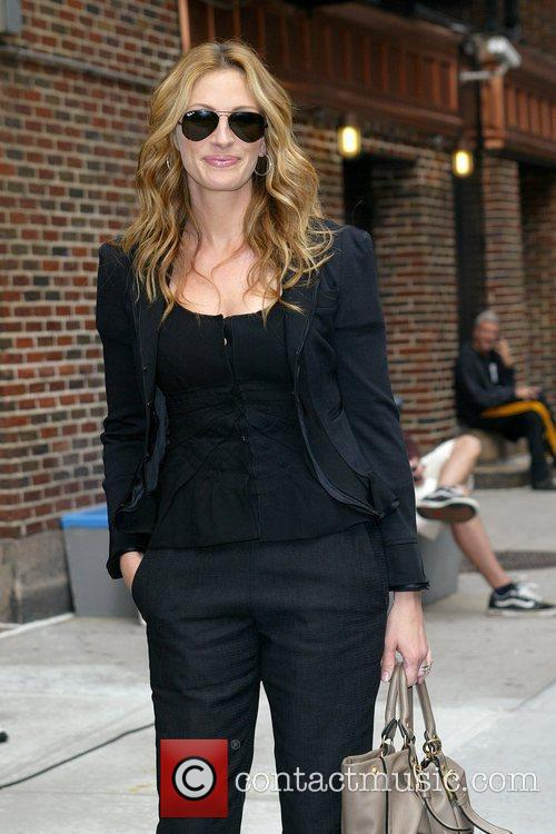 Julia Roberts and David Letterman 11