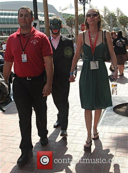 Wears a Halloween mask during Comic Con 2009