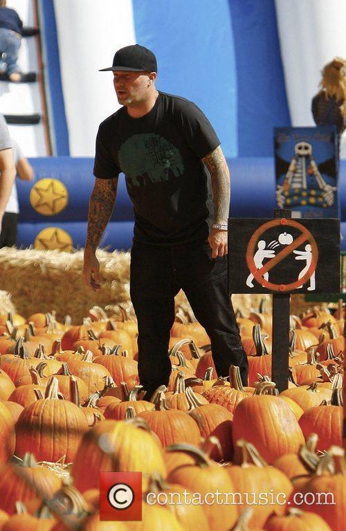 Fred Durst, Mr Bones Pumpkin Ranch