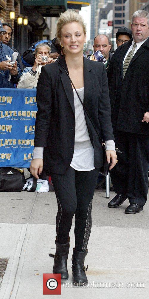 Kaley Cuoco and David Letterman 5
