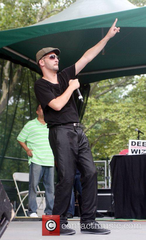 Jon B Performing At Central Park Summerstage 2