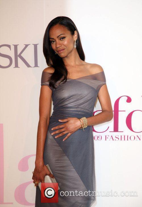 Zoe Saldana and Cfda Fashion Awards 8