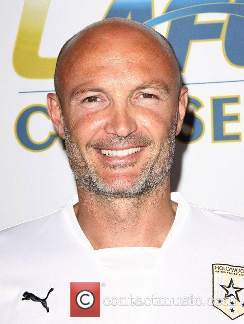 http://www.contactmusic.com/pics/lc/chelsea_inter_milan_2_220709/frank_leboeuf_2514888.jpg