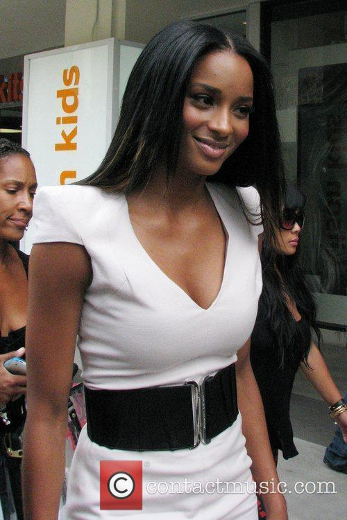 Ciara At A Photo Shoot For For An Upcoming Feature In Us Weekly Magazine Where She Walked Up 10