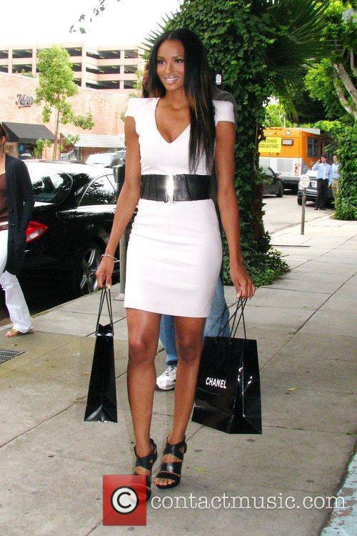 Ciara At A Photo Shoot For For An Upcoming Feature In Us Weekly Magazine Where She Walked Up 11