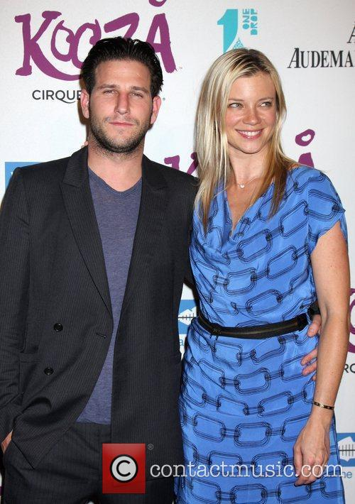 Amy Smart and guest The KOOZA Cirque du...