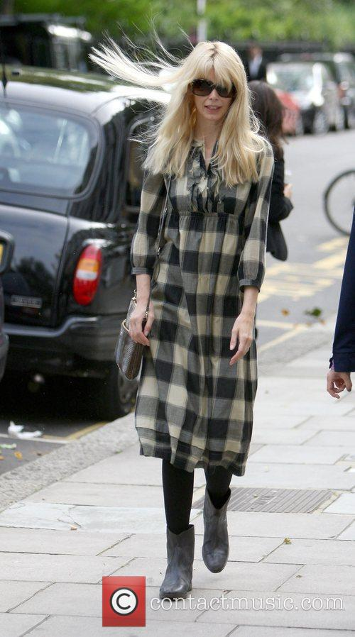 Claudia Schiffer heads home after dropping her kids...