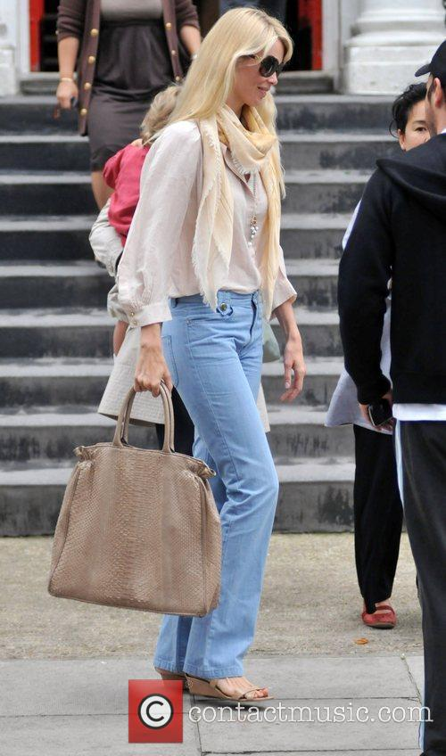 Claudia Schiffer 7