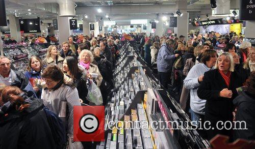 Cliff Richard And The Shadows - DVD signing...