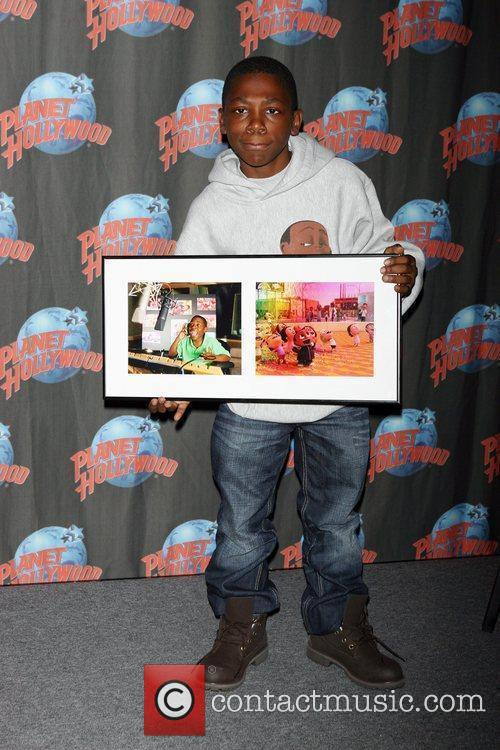 Promotes 'Cloudy with a Chance of Meatballs' at...