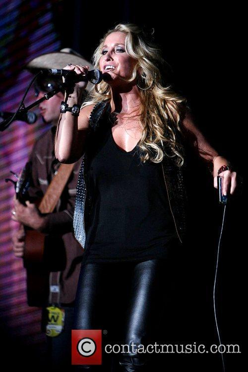 Heidi Newfield The 2009 CMA Music Festival, The...
