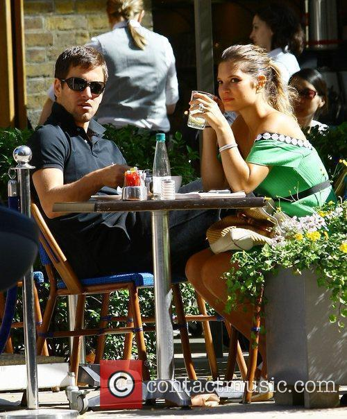 Carly Zucker  has lunch with new husband...
