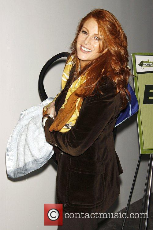 Angie Everhart 5
