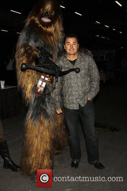 Christopher Knight and Chewbacca Big Apple Comic Con...