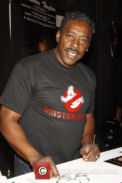 Ernie Hudson Big Apple Comic Con 2009 at...