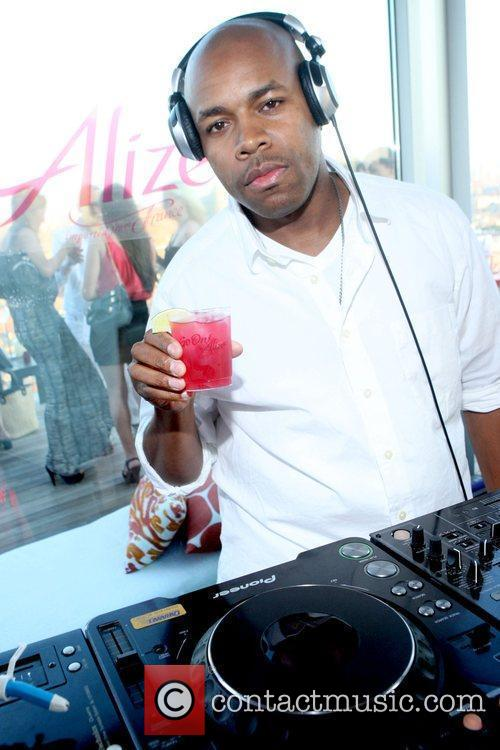 DJ D-Nice Launch Party for The Alize Online...