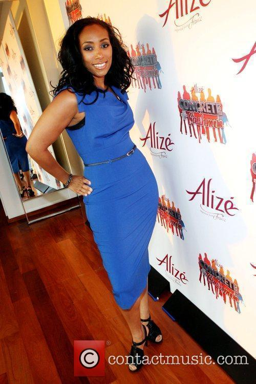 Michelle Murray Launch Party for The Alize Online...