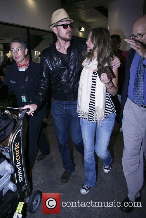 Eric Dane and Rebecca Gayheart 24