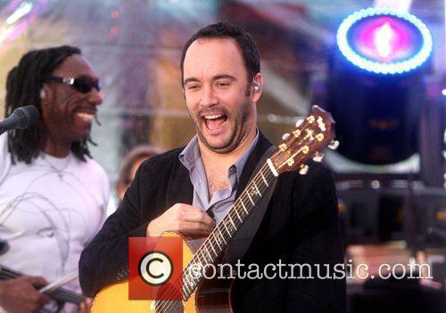 The Dave Matthews Band and Dave Matthews 22