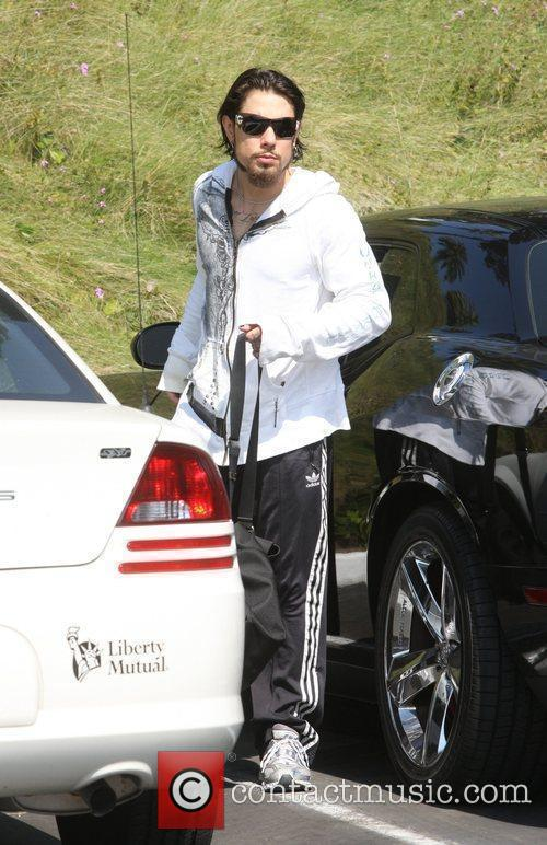 Dave Navarro arrives at a gym in West...