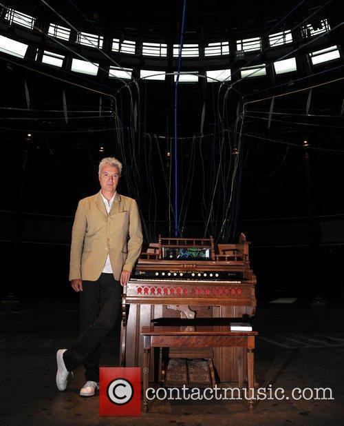 David Byrne unveils the installation 'Playing the Building'...
