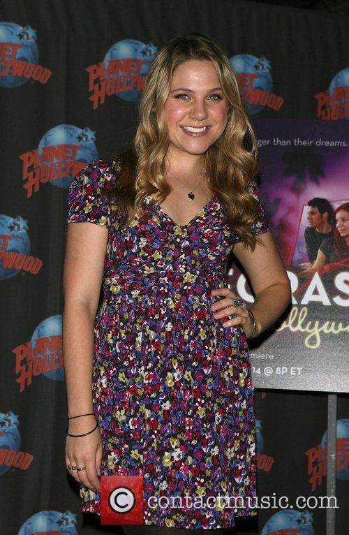 Lauren Collins 1