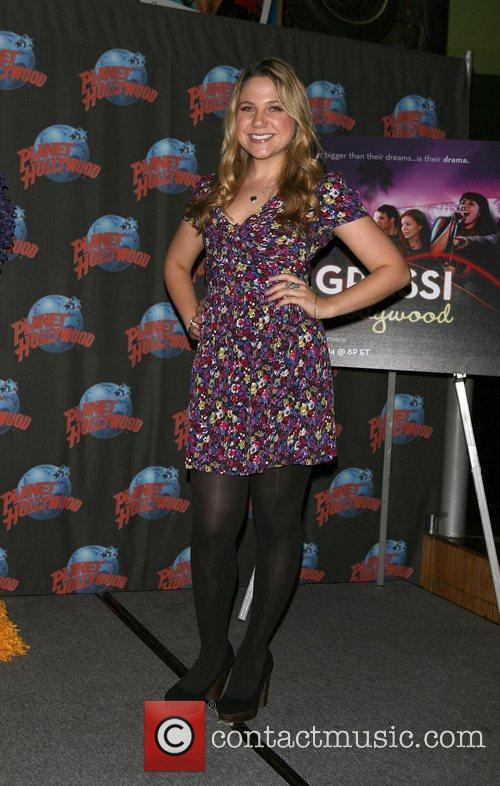 Lauren Collins 3