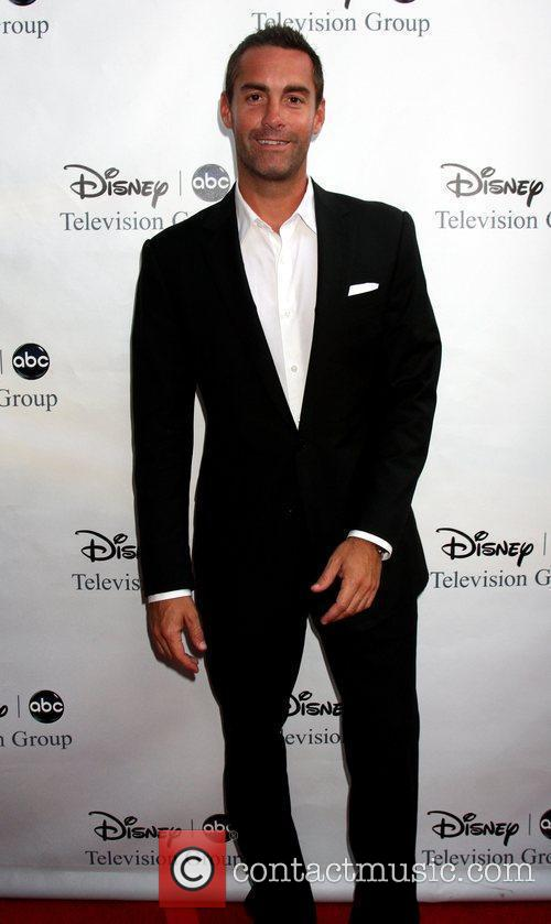 Jay Harrington 4