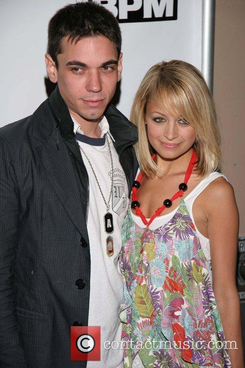 Travis Barker, Mandy Moore and Nicole Richie 1