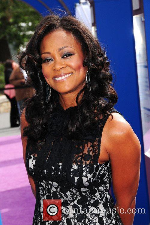Robin Givens unveils a symbolic exhibit, sponsored by...