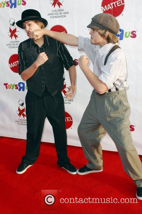 Dylan and Cole Sprouse 1