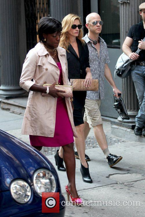 Viola Davis and Julia Roberts 7