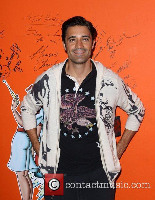 Gilles Marini Shopping At Ed Hardy In Culver City 2