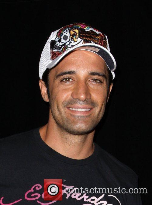 Gilles Marini Shopping At Ed Hardy In Culver City 8
