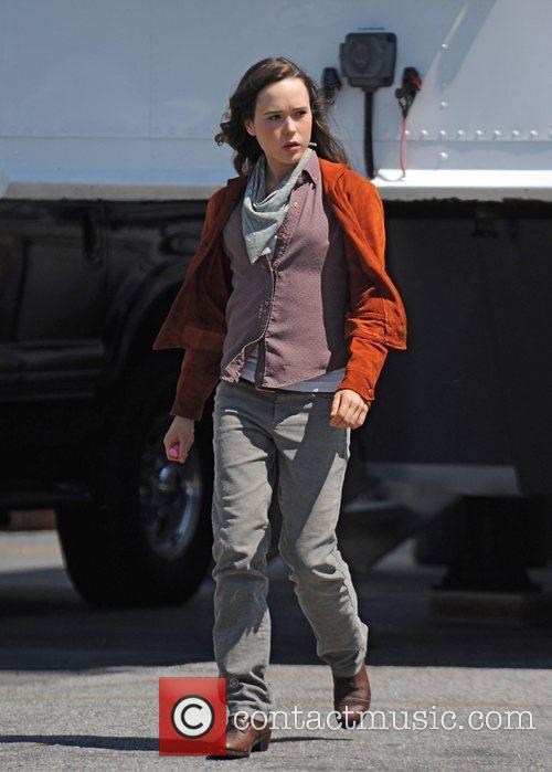 Ellen Page Filming On Location 3