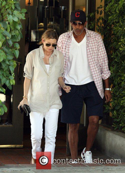 Ellen Pompeo and Husband Christopher Ivery 3