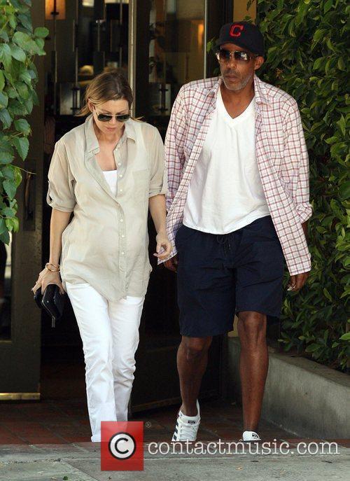Ellen Pompeo and Husband Christopher Ivery 8