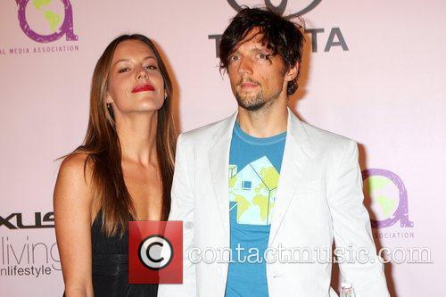 Jason Mraz & guest 2009 Environmental Media Awards...