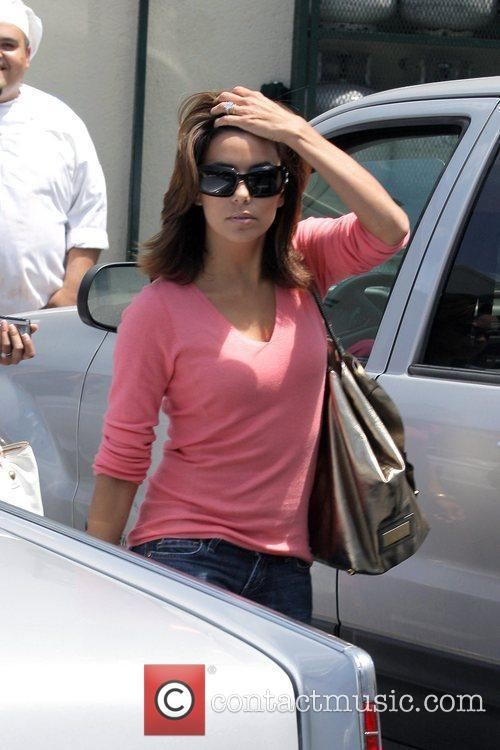 Eva Longoria Parker leaving Cafe Med in West...