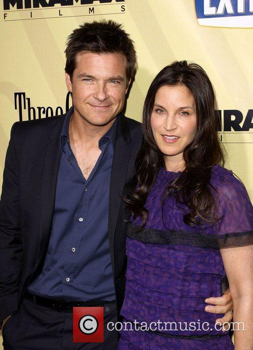 Jason Bateman and His Wife Amanda Anka 3