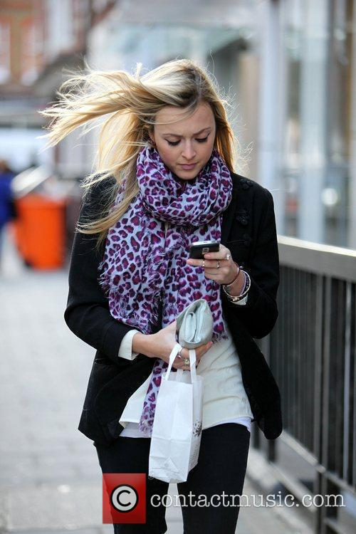 Fearne Cotton leaving Pret A Manger after buying...