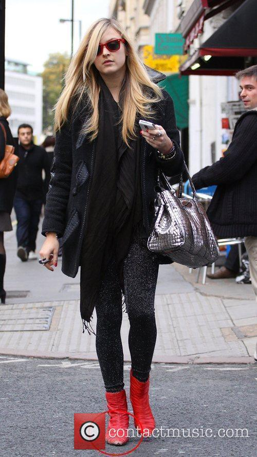 Fearne Cotton  sporting a pair of well-worn...