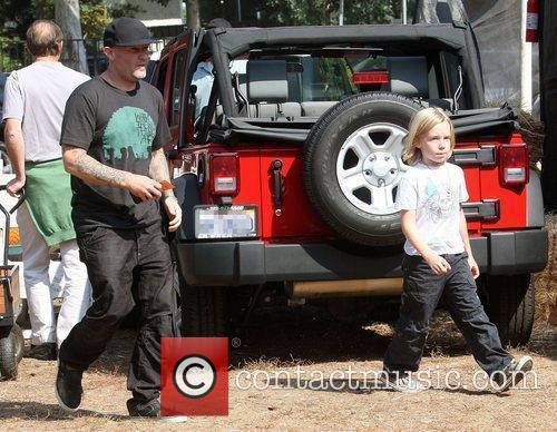 Fred Durst and his son, Dallas, visit Mr....